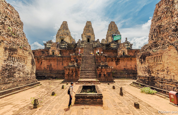 Khmer ancient and modern world tour